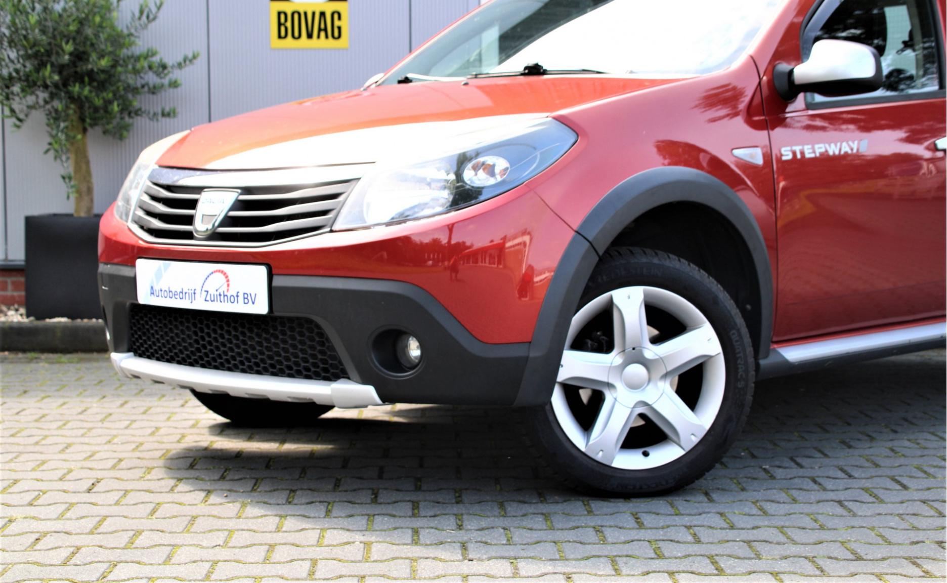 Dacia-Sandero-1