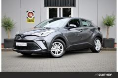 Toyota-C-HR-0
