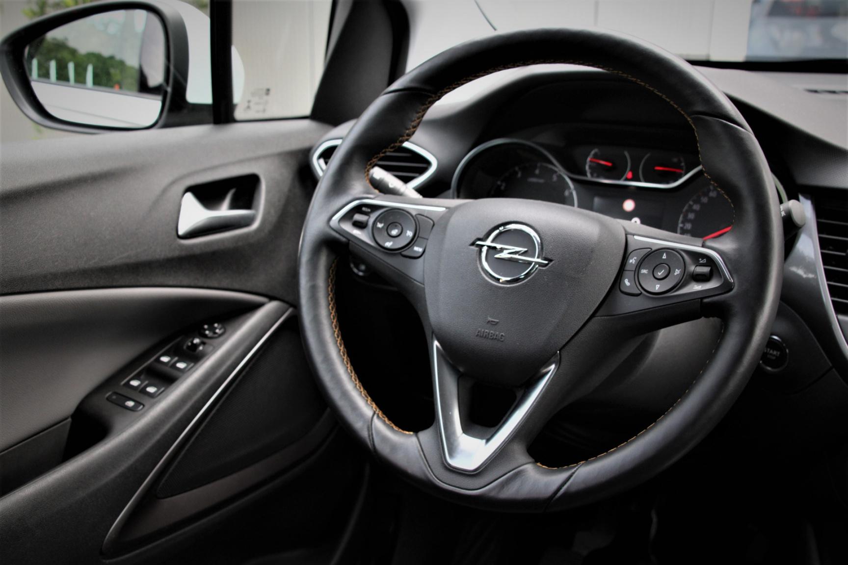 Opel-Crossland X-19